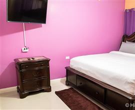 Hilyfe Chateau  1 Bedroom  Apartment